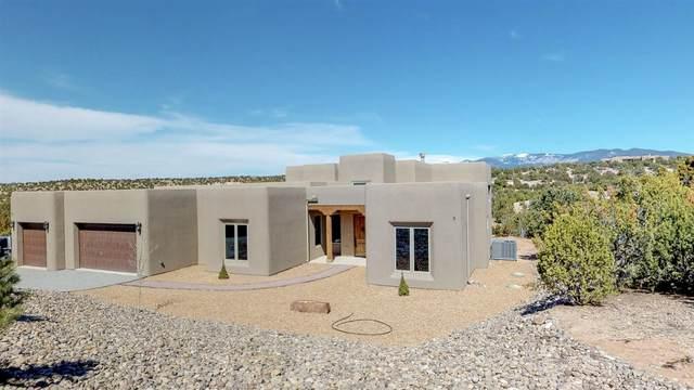 24 Camino Hasta Manana, Santa Fe, NM 87506 (MLS #968426) :: Campbell & Campbell Real Estate Services