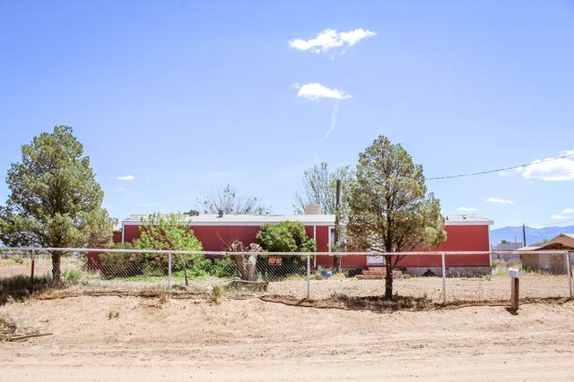 15 High Road, Los Lunas, NM 87031 (MLS #968480) :: Campbell & Campbell Real Estate Services
