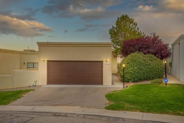 3328 Esplanade Circle SE, Rio Rancho, NM 87124 (MLS #968567) :: Campbell & Campbell Real Estate Services
