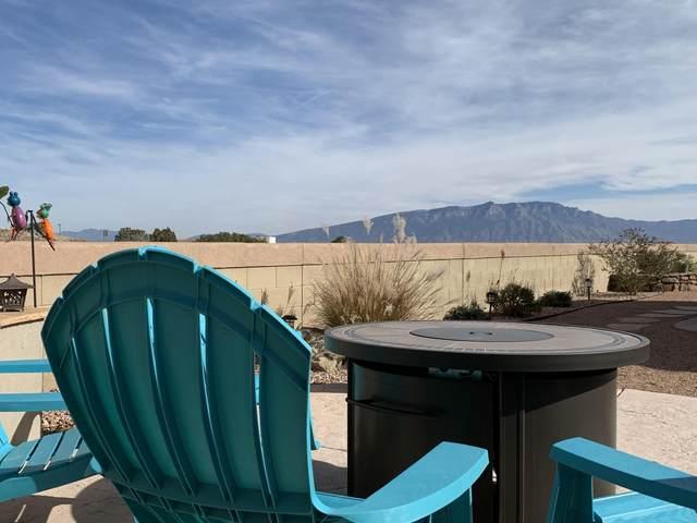 1843 Castle Peak Loop NE, Rio Rancho, NM 87144 (MLS #968614) :: The Buchman Group