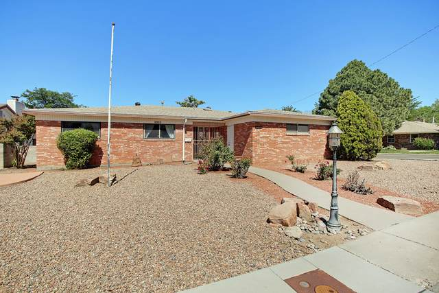 3409 Reina Drive NE, Albuquerque, NM 87111 (MLS #968717) :: Campbell & Campbell Real Estate Services