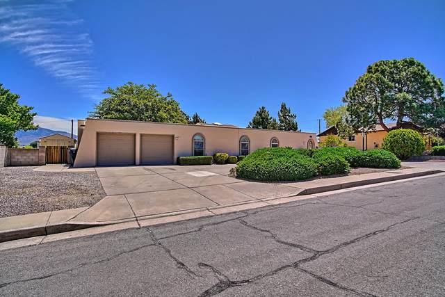 1316 Kentucky Street SE, Albuquerque, NM 87108 (MLS #968811) :: The Buchman Group
