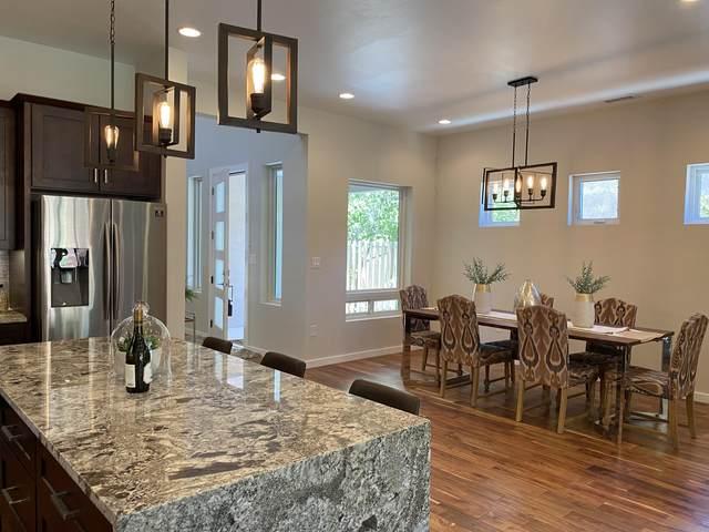 3113 Calle De Alamo NW, Albuquerque, NM 87104 (MLS #968861) :: Campbell & Campbell Real Estate Services