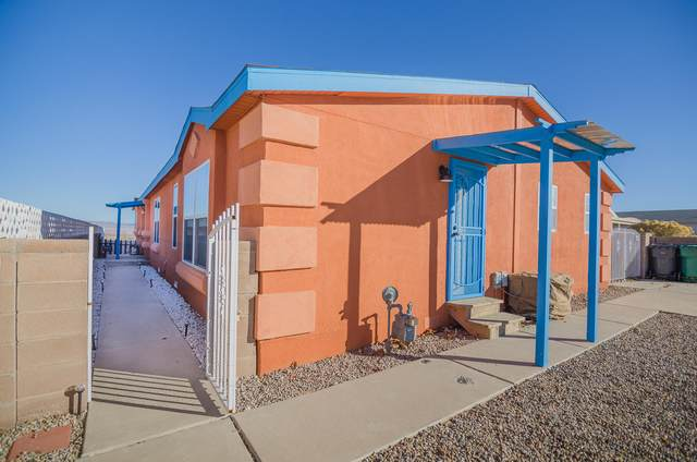 4108 Abees Street SW, Albuquerque, NM 87121 (MLS #968926) :: The Bigelow Team / Red Fox Realty
