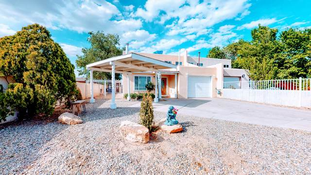1209 Aztec Road NW, Albuquerque, NM 87107 (MLS #968952) :: Campbell & Campbell Real Estate Services