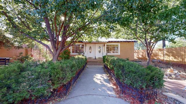 2418 Matthew Avenue NW, Albuquerque, NM 87104 (MLS #968969) :: Campbell & Campbell Real Estate Services