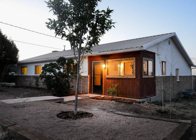 4 Andrew Lane, Sandia Park, NM 87047 (MLS #969019) :: Campbell & Campbell Real Estate Services