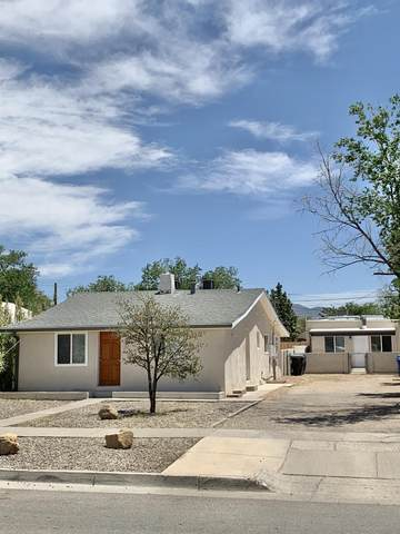 320 Cornell Drive SE, Albuquerque, NM 87106 (MLS #969054) :: The Buchman Group