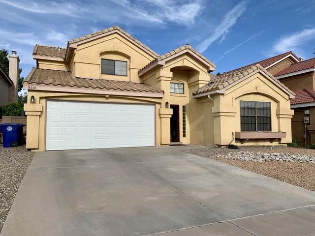 8440 Manuel Cia Place NE, Albuquerque, NM 87122 (MLS #969060) :: Campbell & Campbell Real Estate Services