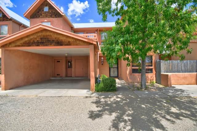 210 San Pasquale Avenue NW C, Albuquerque, NM 87104 (MLS #969069) :: The Buchman Group