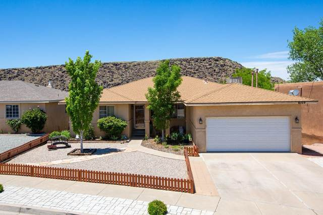 7009 Lamar Avenue NW, Albuquerque, NM 87120 (MLS #969117) :: Campbell & Campbell Real Estate Services