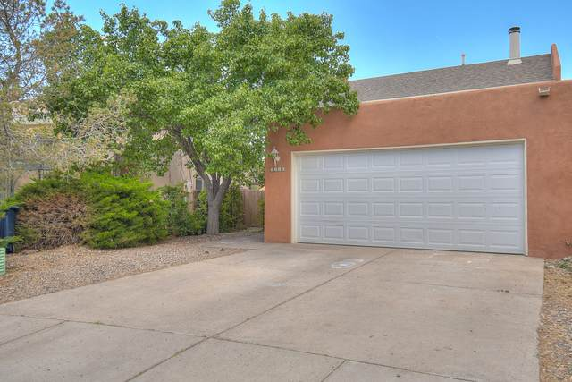 5517 Nordica Street NE, Albuquerque, NM 87111 (MLS #969183) :: The Buchman Group