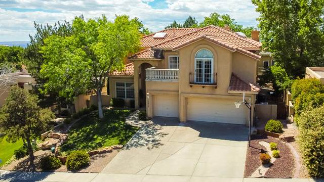 6605 Beau Chene NE, Albuquerque, NM 87111 (MLS #969205) :: The Buchman Group