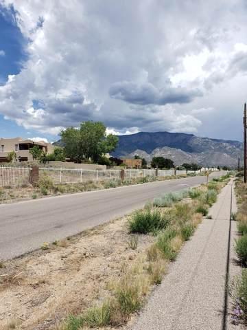 9300 Florence Avenue NE, Albuquerque, NM 87122 (MLS #969360) :: The Buchman Group