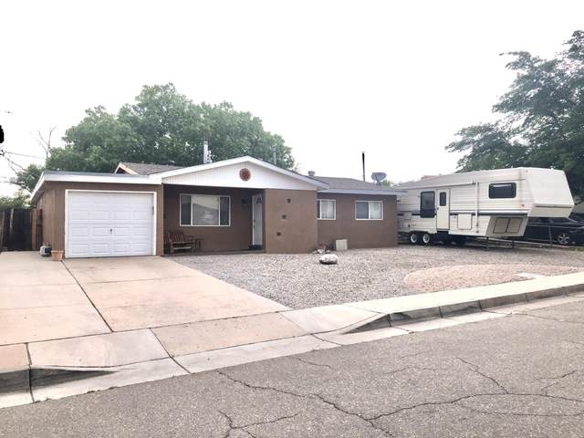 1113 Muriel Street NE, Albuquerque, NM 87112 (MLS #969386) :: The Buchman Group