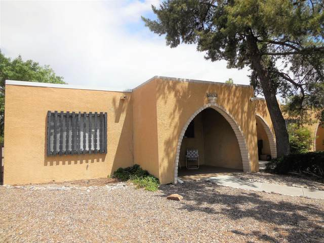 1300 Grande Boulevard SE #A, Rio Rancho, NM 87124 (MLS #969399) :: The Buchman Group