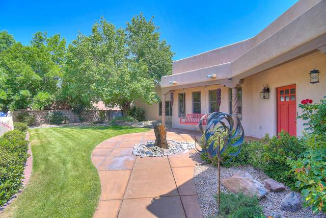 2515 Griegos Place NW, Albuquerque, NM 87107 (MLS #971636) :: Berkshire Hathaway HomeServices Santa Fe Real Estate