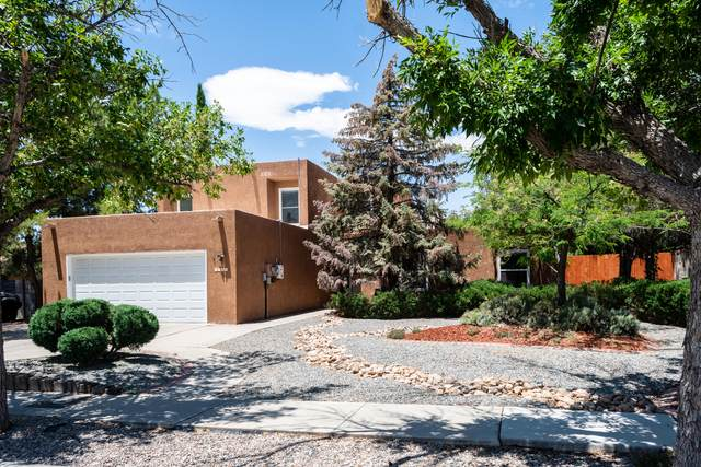 7123 Dodge Trail NW, Albuquerque, NM 87120 (MLS #971849) :: The Bigelow Team / Red Fox Realty