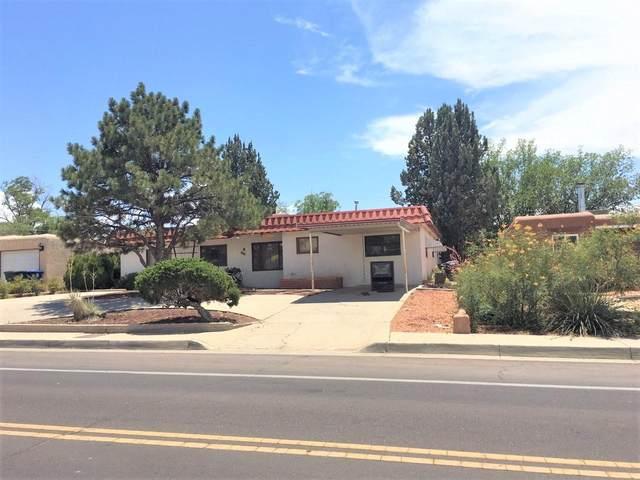 4202 Comanche Road NE, Albuquerque, NM 87110 (MLS #971895) :: Campbell & Campbell Real Estate Services