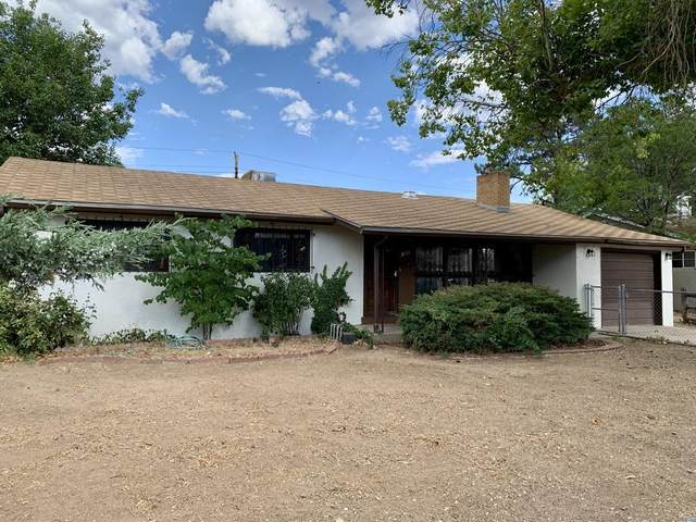 2834 La Veta Drive NE, Albuquerque, NM 87110 (MLS #971980) :: Campbell & Campbell Real Estate Services