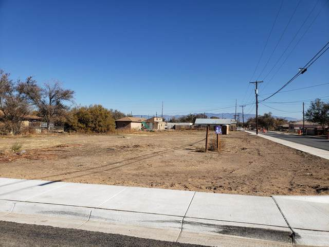 Bernard Avenue, Belen, NM 87002 (MLS #972058) :: The Buchman Group