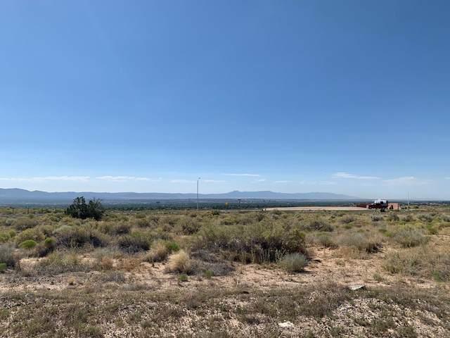 6308 Alderete Court NW, Albuquerque, NM 87120 (MLS #972111) :: The Buchman Group