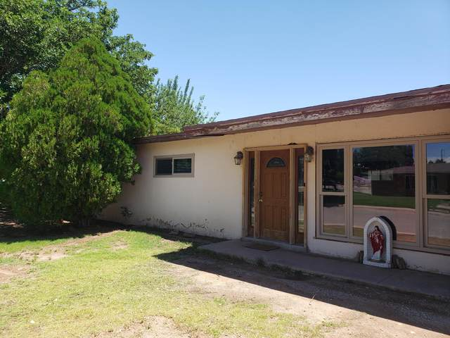 747 S 5th Street, Santa Rosa, NM 88435 (MLS #972205) :: The Buchman Group