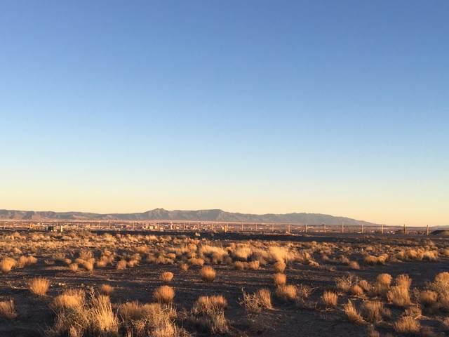 7801 Aguila Street NW, Albuquerque, NM 87120 (MLS #972211) :: The Buchman Group