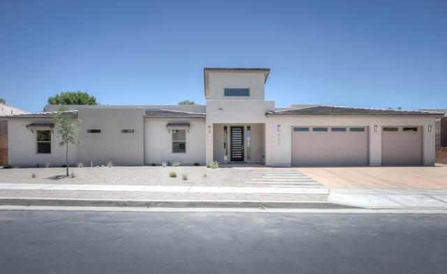 8108 Via Alegre NE, Albuquerque, NM 87122 (MLS #972324) :: The Buchman Group