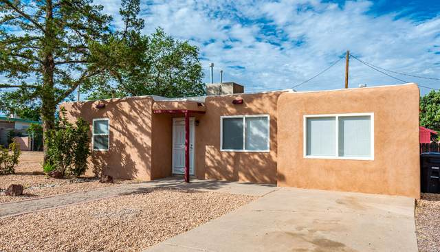 11420 Love Avenue NE, Albuquerque, NM 87112 (MLS #972641) :: Berkshire Hathaway HomeServices Santa Fe Real Estate