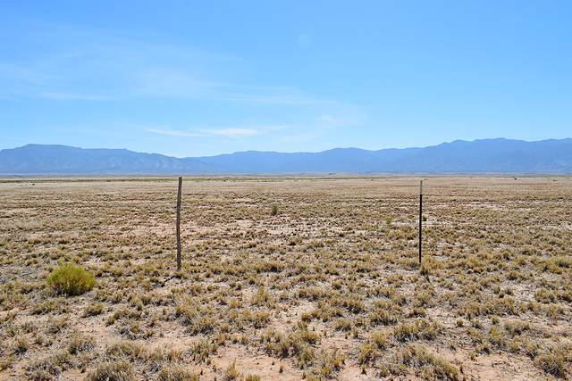 Lot 185 Rancho Rio Grande 16E, Los Lunas, NM 87031 (MLS #973043) :: The Bigelow Team / Red Fox Realty