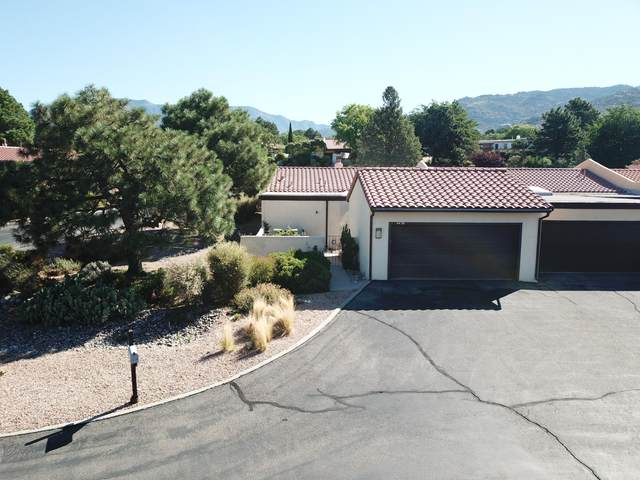 4420 Kellia Lane NE, Albuquerque, NM 87111 (MLS #973726) :: Campbell & Campbell Real Estate Services