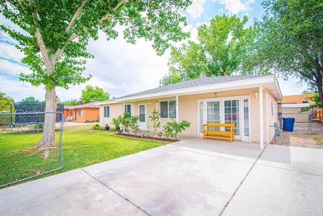 359 Teles Street SW, Los Lunas, NM 87031 (MLS #974545) :: Campbell & Campbell Real Estate Services