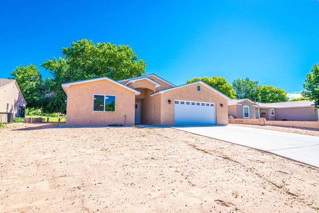 659 Frederico Boulevard, Rio Communities, NM 87002 (MLS #974576) :: The Buchman Group