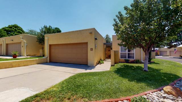 4725 San Pedro Drive NE #30, Albuquerque, NM 87109 (MLS #974662) :: Campbell & Campbell Real Estate Services