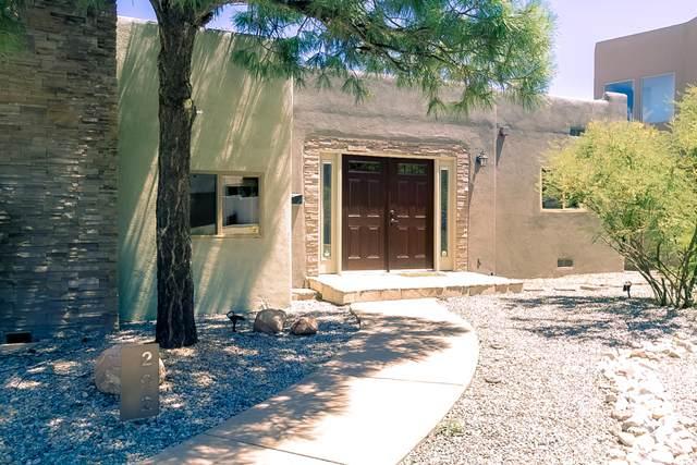 202 Wellesley Drive NE, Albuquerque, NM 87106 (MLS #974693) :: The Buchman Group