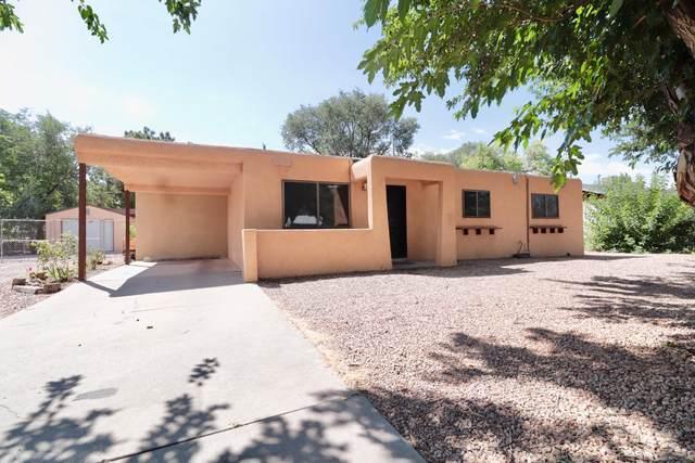 3920 Calle Del Prado SW, Albuquerque, NM 87105 (MLS #974920) :: The Buchman Group
