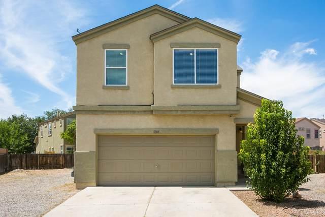 5305 Los Abuelos Place SW, Albuquerque, NM 87105 (MLS #974923) :: The Buchman Group