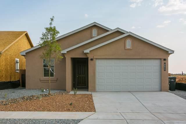 1739 Garden Way SW, Albuquerque, NM 87105 (MLS #975401) :: Berkshire Hathaway HomeServices Santa Fe Real Estate
