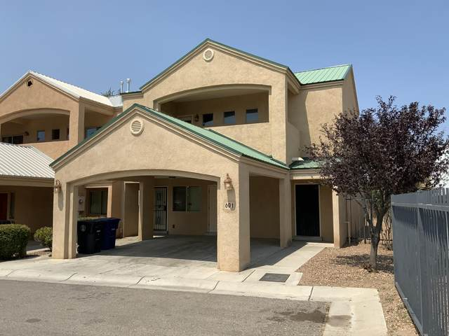 601 Benicia Lane SW, Albuquerque, NM 87102 (MLS #975435) :: Berkshire Hathaway HomeServices Santa Fe Real Estate