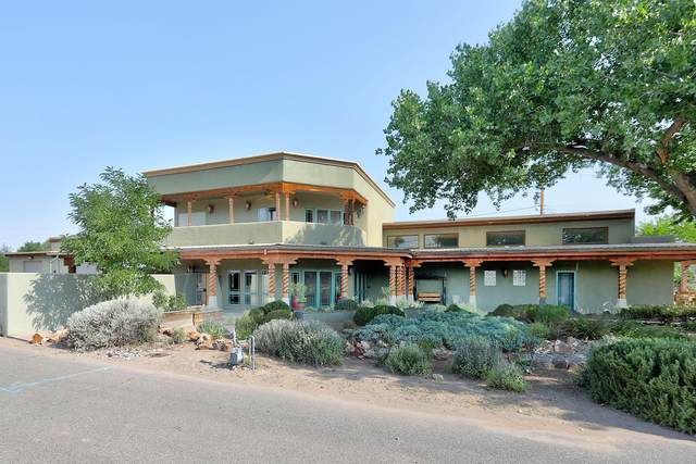 8501 Rio Grande Boulevard NW, Los Ranchos, NM 87114 (MLS #975513) :: HergGroup Albuquerque