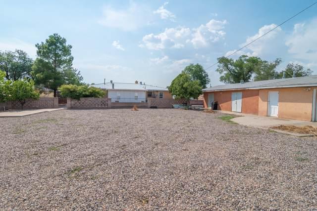 5828 Pauline Street NW, Albuquerque, NM 87107 (MLS #975574) :: Berkshire Hathaway HomeServices Santa Fe Real Estate