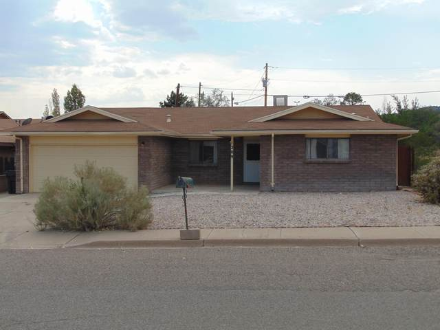 1209 Fourth Street, Grants, NM 87020 (MLS #975607) :: The Bigelow Team / Red Fox Realty