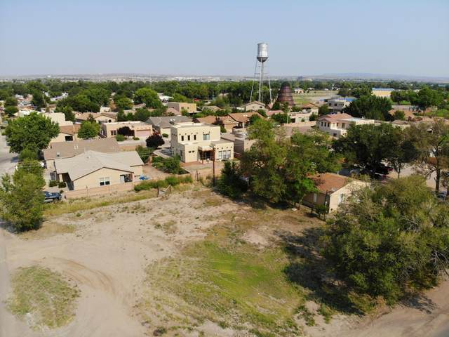Calle San Lorenzo, Bernalillo, NM 87004 (MLS #975698) :: The Bigelow Team / Red Fox Realty