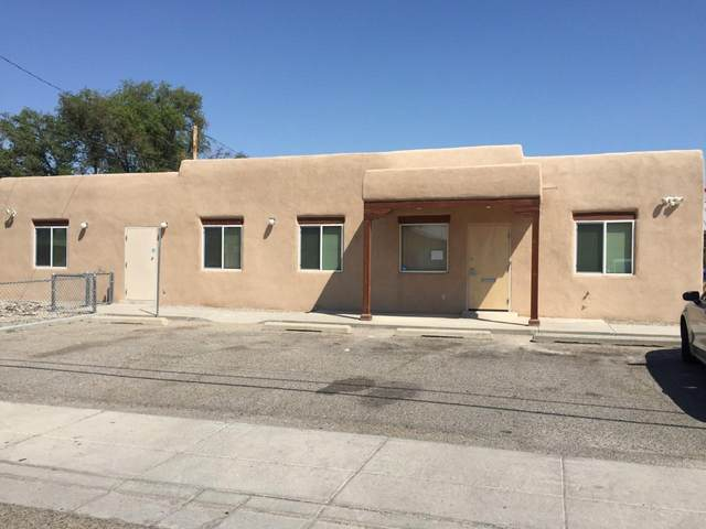 344 Luna Avenue SE, Los Lunas, NM 87031 (MLS #976012) :: The Buchman Group