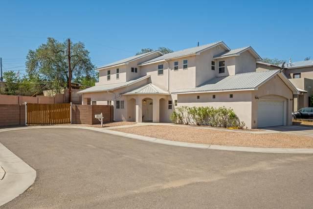 1931 Bryn Mawr Drive NE, Albuquerque, NM 87106 (MLS #976506) :: Berkshire Hathaway HomeServices Santa Fe Real Estate
