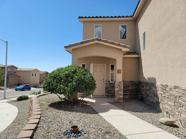 13627 Mountain West Court SE, Albuquerque, NM 87123 (MLS #976650) :: Sandi Pressley Team