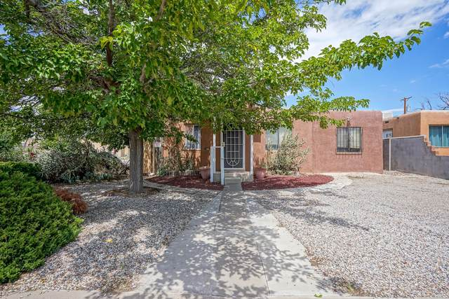 4901 Burton Avenue SE, Albuquerque, NM 87108 (MLS #976983) :: Berkshire Hathaway HomeServices Santa Fe Real Estate