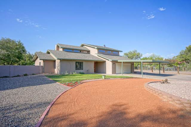 803 Alameda Road NW, Albuquerque, NM 87114 (MLS #977071) :: The Bigelow Team / Red Fox Realty