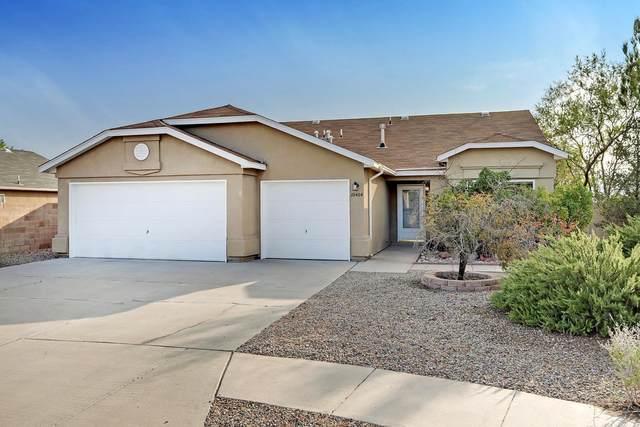 10404 Toledo Street NW, Albuquerque, NM 87114 (MLS #977160) :: Berkshire Hathaway HomeServices Santa Fe Real Estate